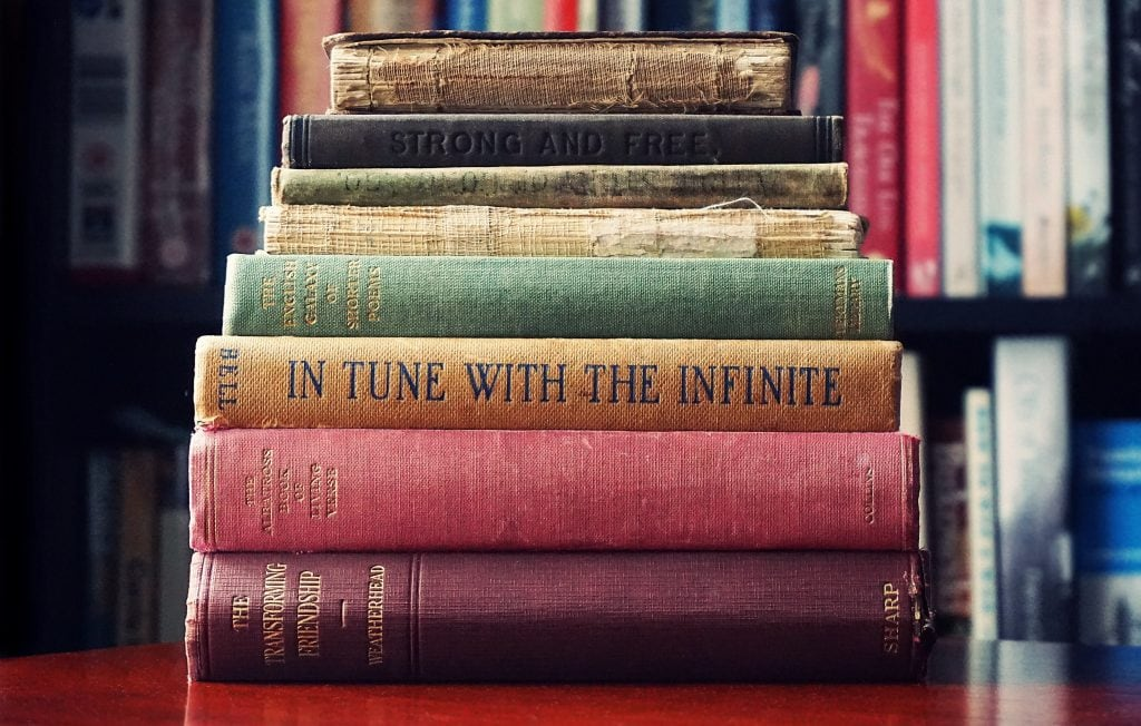 old-books-minimalism