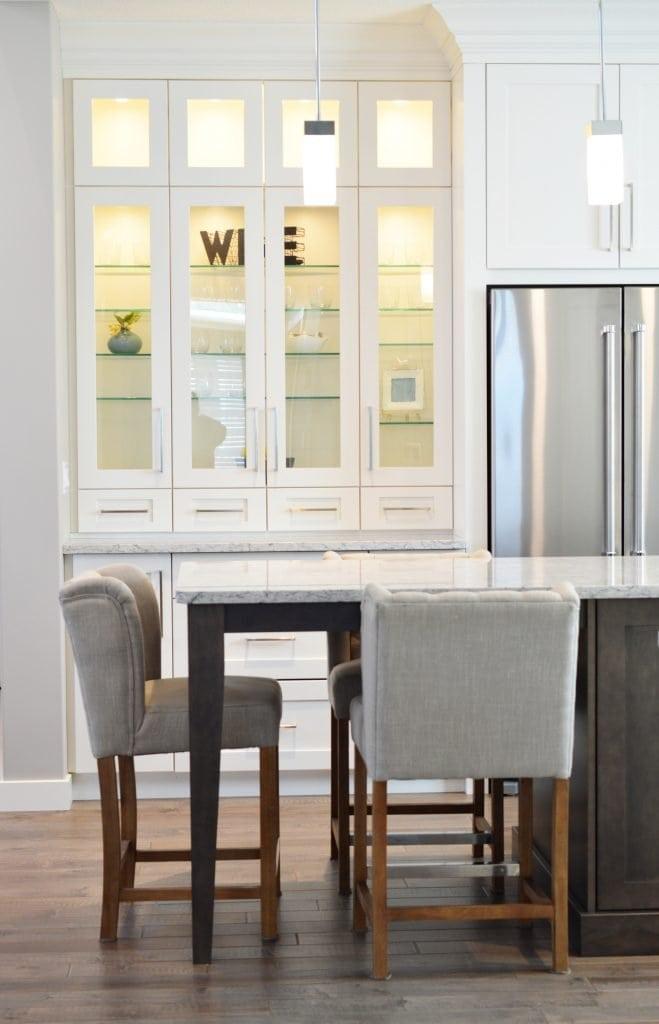 minimalism lifestyle furniture
